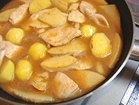 鶏じゃがだけの味噌煮